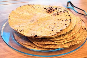 secret-tips-for-cheating-diet-this-diwali-papad